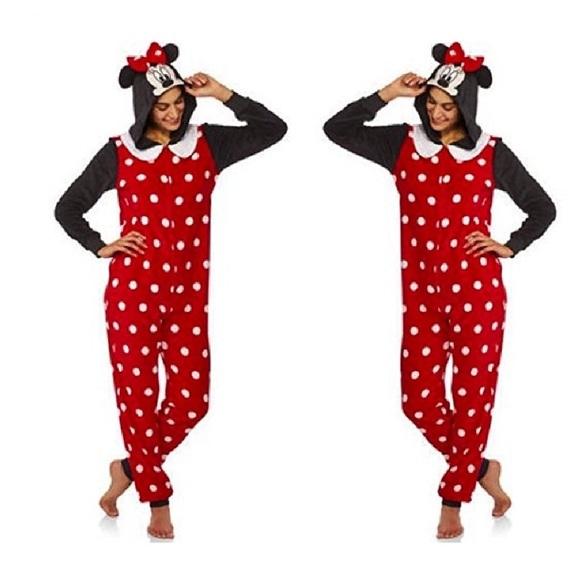 d6254e3b038 Disney Intimates & Sleepwear   Nwt Minnie Mouse Onesie   Poshmark